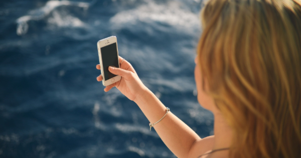 What to Do When Your Phone Drops In Water